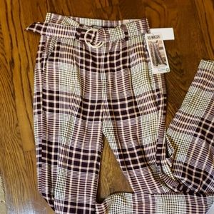 MAKE AN OFFER Plaid Wide Leg belted Pant
